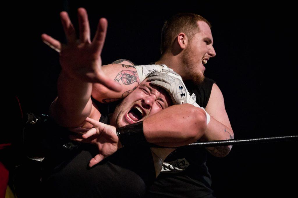 Wrestling, Jeremy Smacks strangling Jay Carter